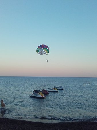 parasailing at the sun set