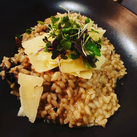 Risotto funghi - creamy risotto with mushrooms