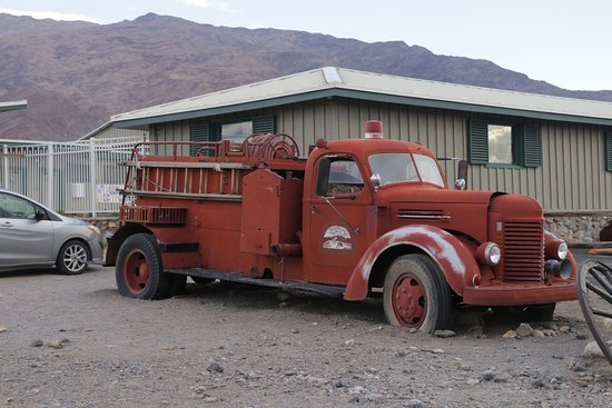 Stovepipe Wells, Californie : Burned Wagons Point - fire engine