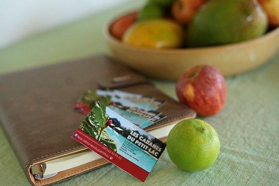 Dolega, بنما: Manzanas .... Les Cabanes du Petit Lac