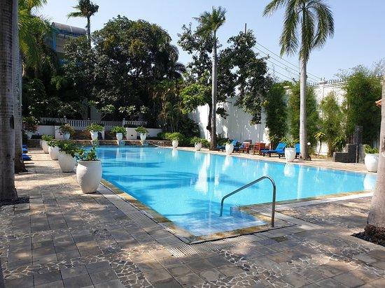 Hotel Majapahit Surabaya - MGallery: Gorgeous place