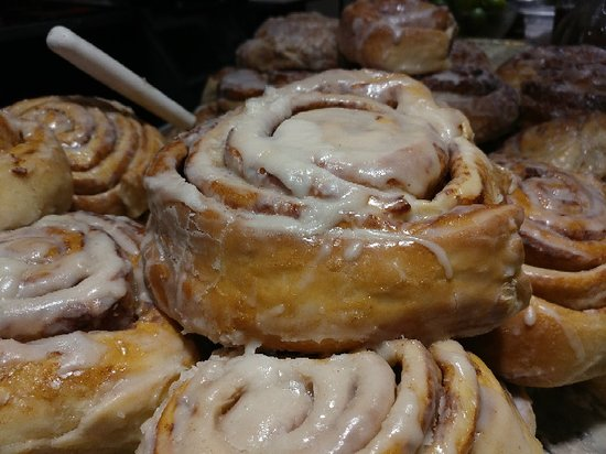The New Mexicans: Man oh man do they have amazing cinnamon rolls!