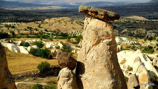 Peri Bacalari: Şapkalı peri bacalarından birisi