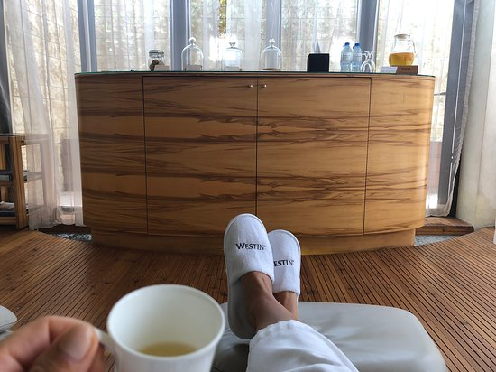Every Mom Should Come For Mommy Hour Review Of Heavenly Spa