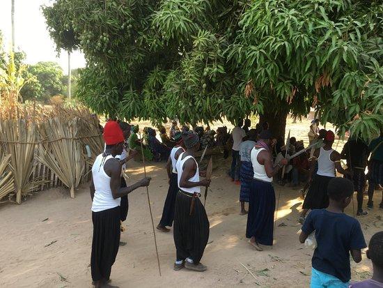 Casamance VTT: Cérémonie de funérailles proche d'oussouye (La photo a bien été autorisée)
