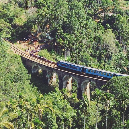 Demodara Nine Arch Bridge: HEARD Magazine Sri Lanka  Summer Explorers Travel Nine Arches Bridge 01