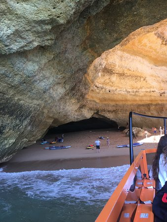 Dolphin Watching and Caves Cruise: Benagil