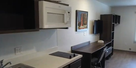 Large rooms offering kitchenette, Full size fridge, microwave