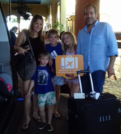 Cancun Airport Transportation - Happy Customers