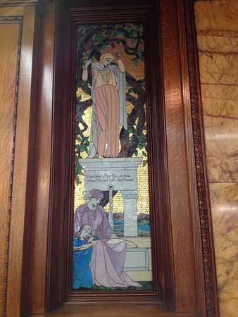 Albright Memorial Library: stained glass