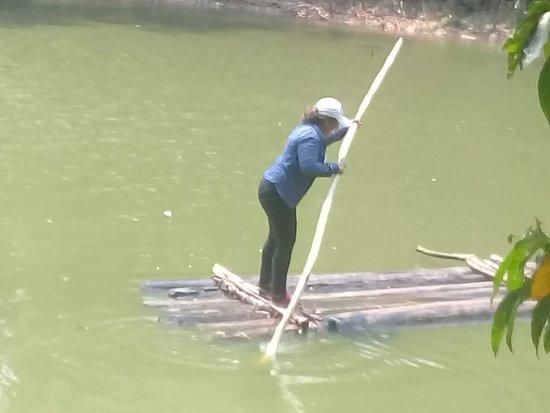 Ixiamas, โบลิเวีย: kayak en la asombrosa laguna santa rosa
