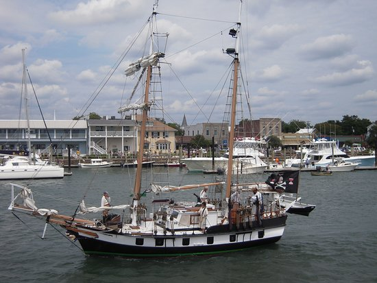 Beaufort Cart Tours: A variety of ships visit Beaufort harbor, not all from our current times