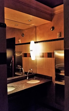 The Cheesecake Factory: #4 Restroom
