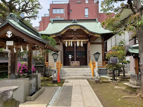 Yushima Goryo Shrine