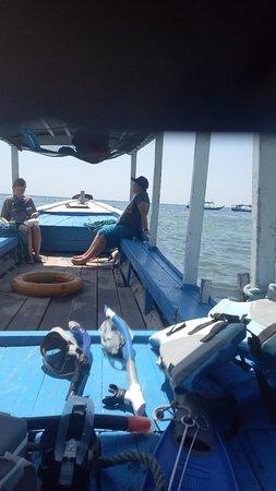 Snorkeling menjangan,  on private boat