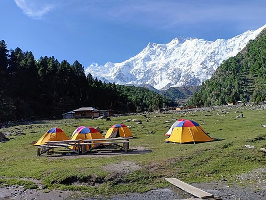 Chilas, Pakistan: Our Camp site at Beyal Camp Fairy Meadows