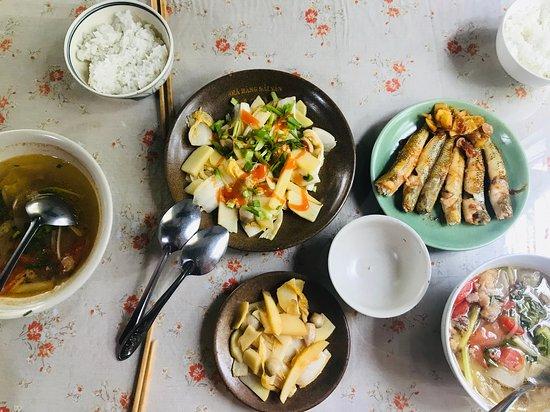 Lavin Home: Vietnamese  cuisine we cook together after making paper flower