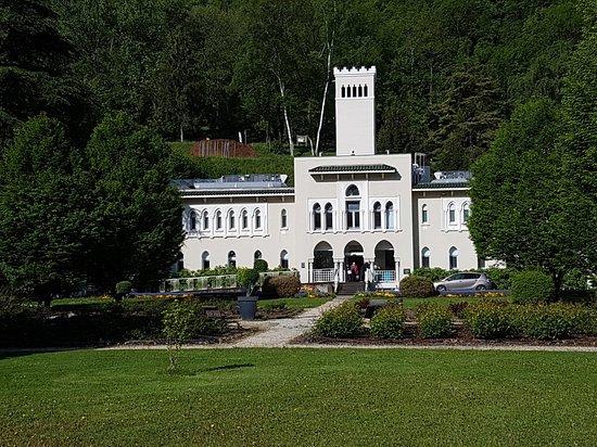 Centre Thermal La Lechere-Les-Bains