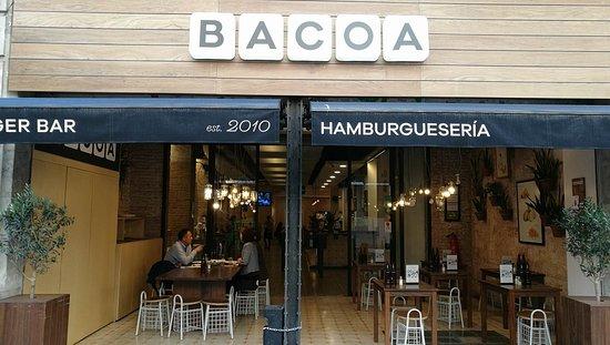 Bacoa: Entrance