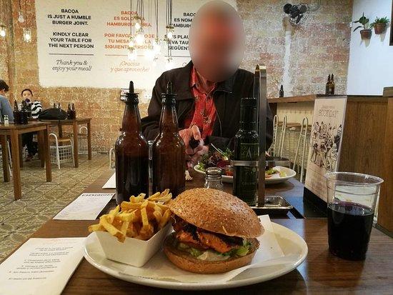 Bacoa: Chicken burger