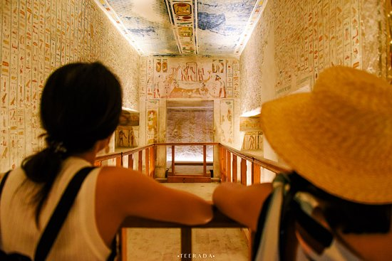 4-Day 3-Night Nile Cruise from Aswan to Luxor: Inside the tomb with original colours