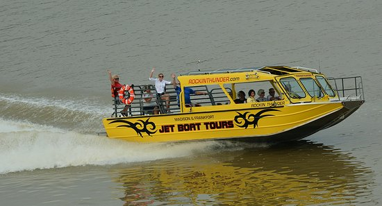 Madison, IN: A smooth, comfortable and above all safe tour on the Rockin Thunder Tour Boat.