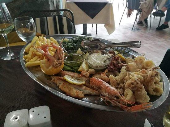 Izola, Slovenija: Fischplatte für 2 Personen 25 €, Qualität sehr gut! Absolute Empfehlung!