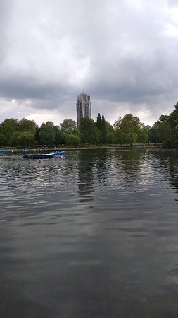 Serpentine Boating Lake