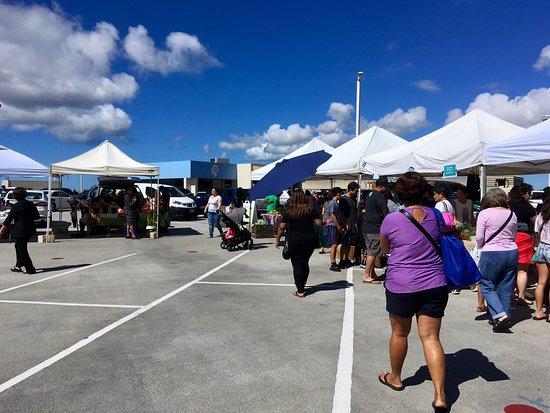 Pearlridge Farmers' Market