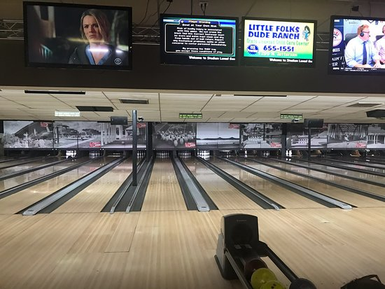 Stadium Lanes Bowling Center