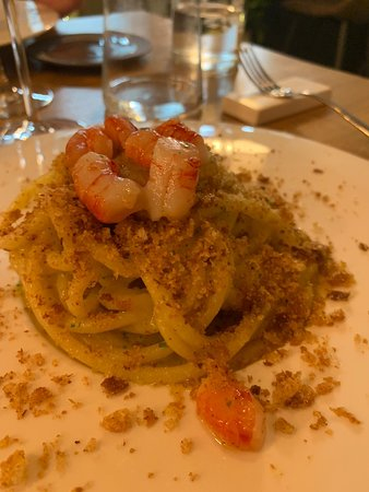 Volli Restaurant