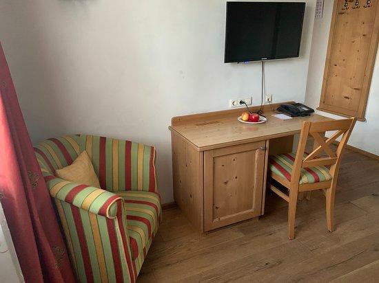 Landgasthof Deutsche Eiche: TV & working desk
