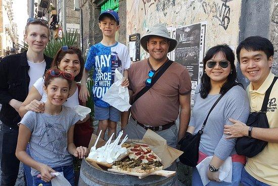 Napoli Street Food and Sightseeing...