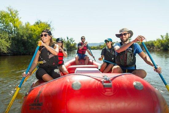 Halv-dagers nedre Salt River Rafting...