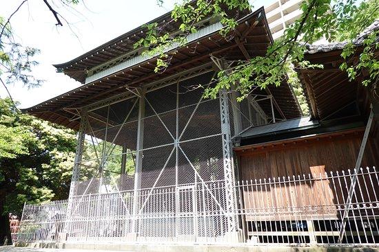 舎人氷川神社(本殿)