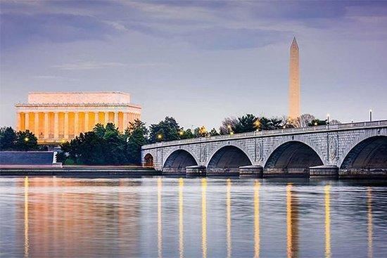 Washington DC Monuments by Moonlight...