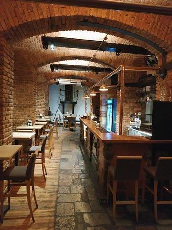 Restaurace V Cípu: Интерьер