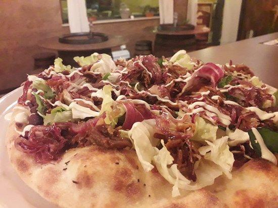 Sand Creek pub pizzeria: Pizza special Pizza pulled pork  Unica