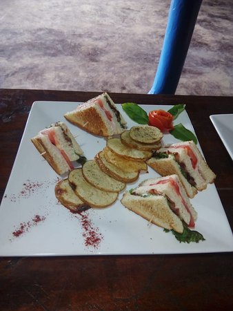 Emparadedo de Club Club Sandwich