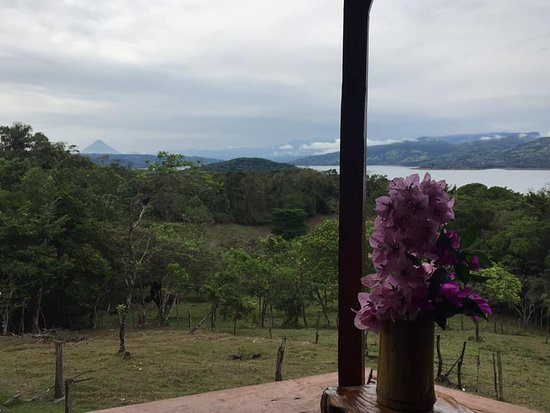 El Mirador del Aguacate: The view from El Mirador. Here is Volcano Arenal on a clear day.