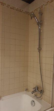 doccia sporca e vecchia