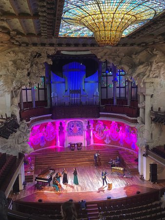 Palace of Catalan Music: grande salle