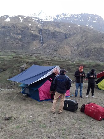 Camping Point Mana, Near Badrinath. On Road, easy accessible, cheep and best place to spend a night near River Alaknanda. Holistic view in front.