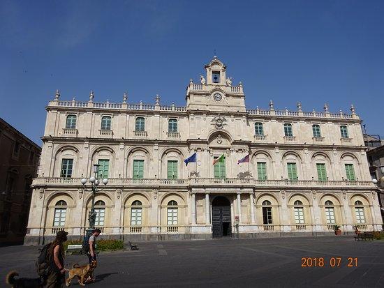 Biblioteca Regionale Universitaria Giambattista Caruso di Catania