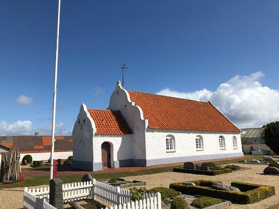Mandoe Kirke