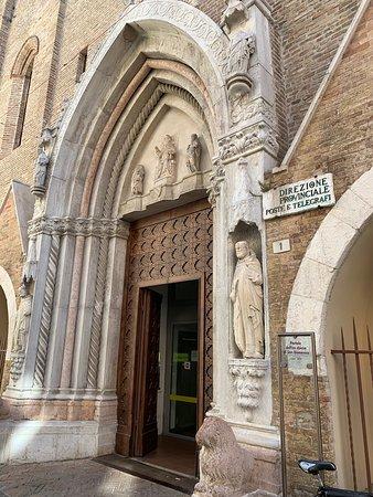 Pesaro - Mancini Abbigliamento