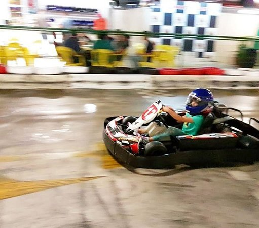 ‪Kart Indoor Speed Hunters‬