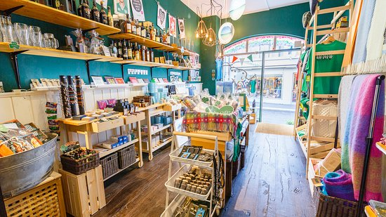 Daly's Irish Shop - Irish Concept Store