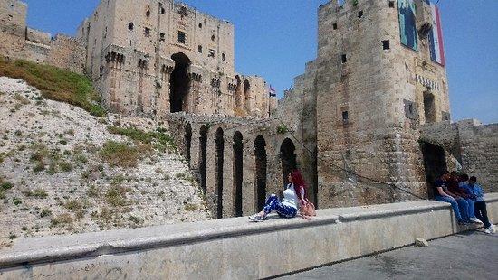 Алеппо, Сирия: Aleppo Citadel #SYRIA #Aleppo_citadel amazing place Aleppo city north Syria