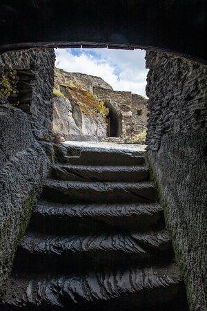 Chateau Feodal: Steps